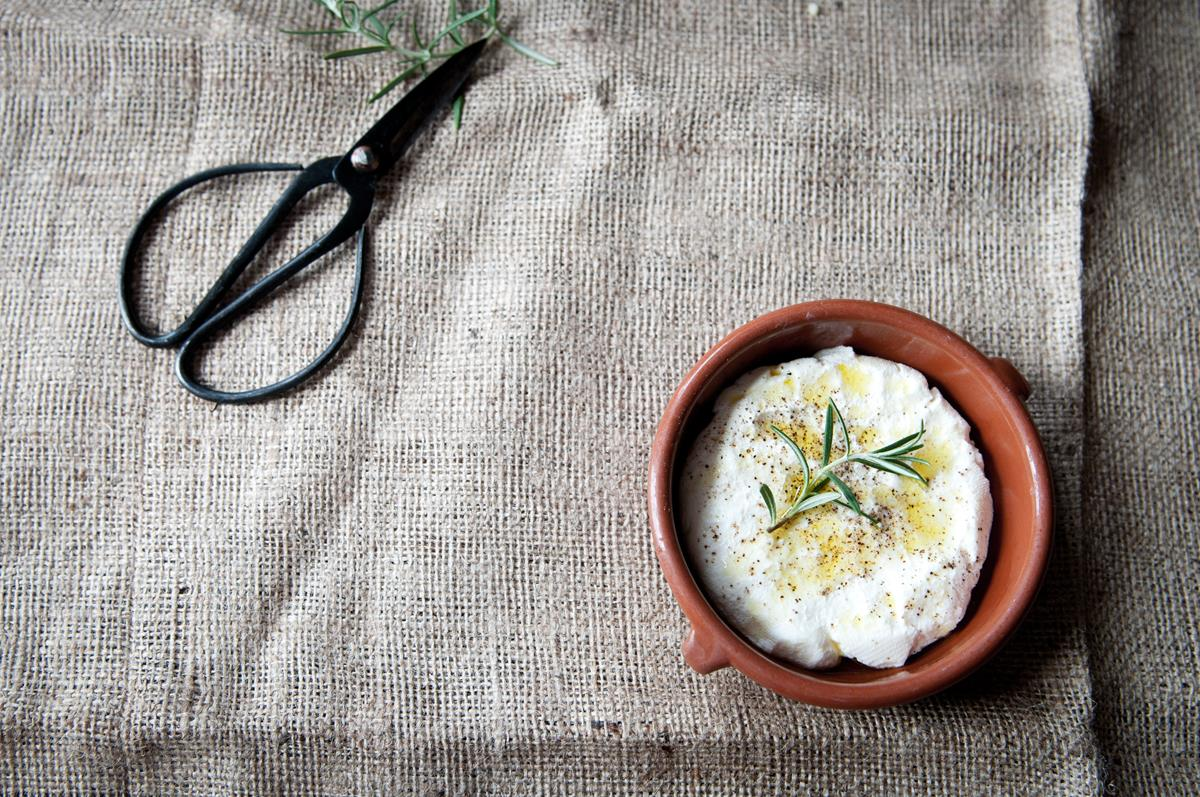 Indian Fresh Herb Yogurt